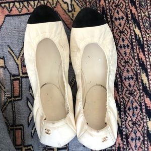 CHANEL off white and black flats
